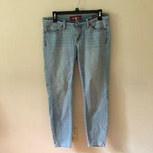 Lucky Brand Charlie Skinny Jeans Size 6/28